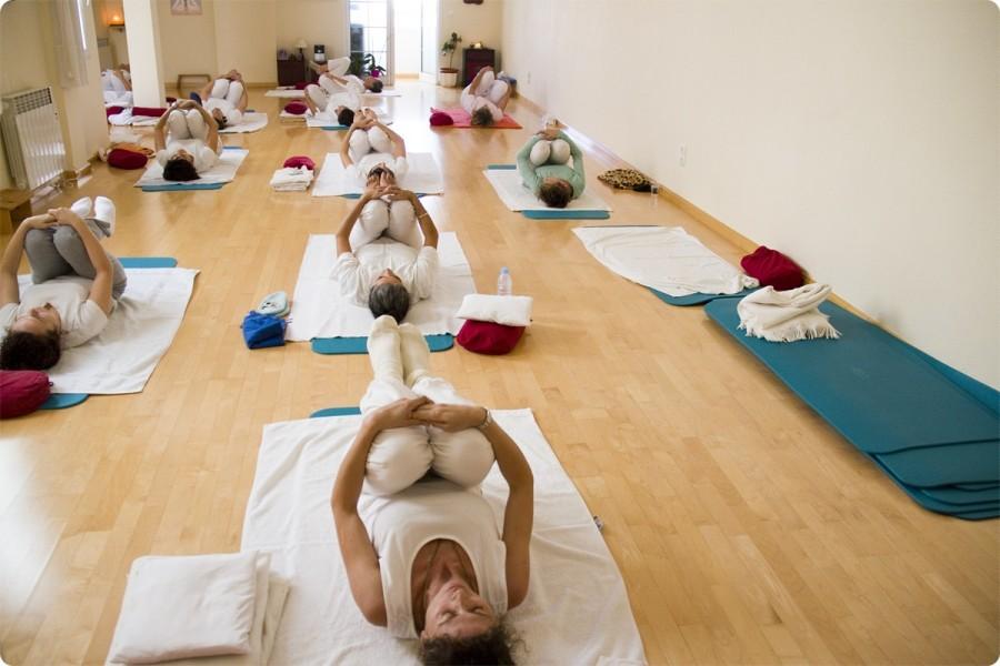 Clases de Yoga para Adultos. Escuela Kundalini Yoga Zaragoza-3