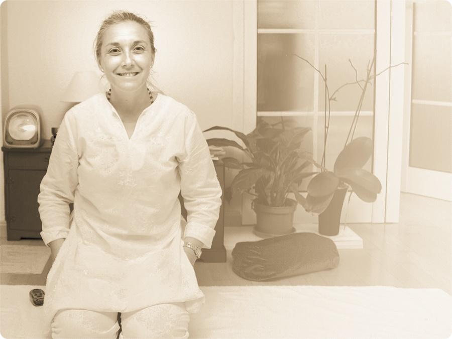 Encarna Morales. Sat Mandir Kaur. Fundadora Escuela Kundalini Yoga Zaragoza