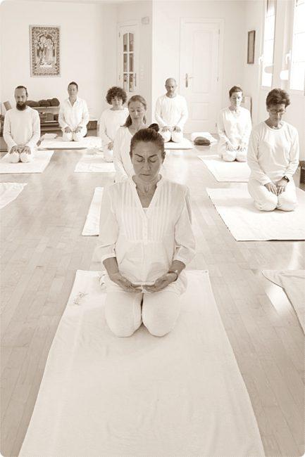 Actividades de meditación en la Escuela Kundalini Yoga Zaragoza