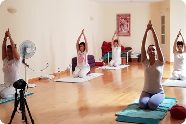 sadhana4_Escuela_Kundalini_Yoga_Zaragoza