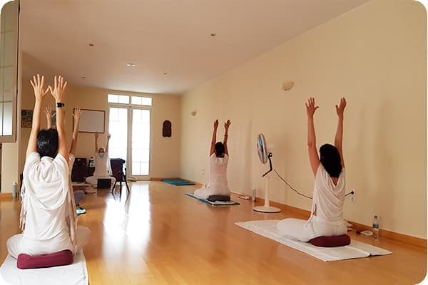 sadhana5_Escuela_Kundalini_Yoga_Zaragoza